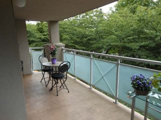 """Photo 12: 207 15140 29A Avenue in Surrey: King George Corridor Condo for sale in """"The Sands"""" (South Surrey White Rock)  : MLS®# F1422962"""