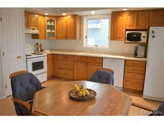 Photo 8: 223 Carter Crescent in Saskatoon: Confederation Park Single Family Dwelling for sale (Saskatoon Area 05)  : MLS®# 479643