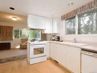 Photo 14: 825 Towner Park Rd in North Saanich: NS Deep Cove House for sale : MLS®# 821434