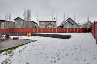 Photo 18: 131 Cougar Plateau Circle SW in Calgary: 2 Storey for sale : MLS®# C3614218
