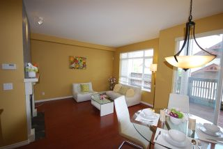 Photo 4: 18 15 FOREST PARK WAY in Port Moody: Heritage Woods PM Townhouse for sale : MLS®# R2065460