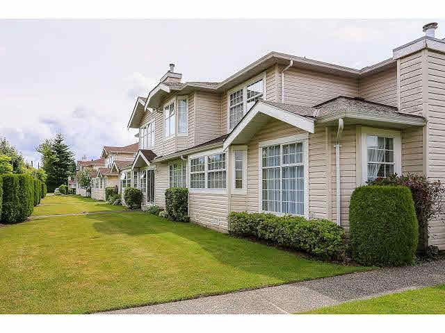 "Main Photo: 36 9168 FLEETWOOD Way in Surrey: Fleetwood Tynehead Townhouse for sale in ""THE FOUNTAIANS"" : MLS®# F1415407"