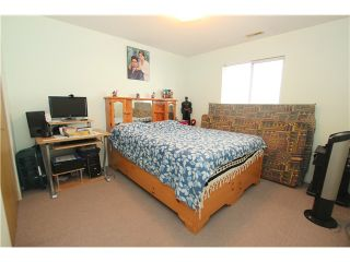 """Photo 18: 6017 189TH Street in Surrey: Cloverdale BC House for sale in """"CLOVERHILL"""" (Cloverdale)  : MLS®# F1423444"""