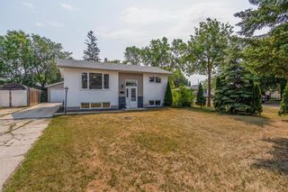Photo 42: 2 Cranbrook Bay in Winnipeg: East Transcona Residential for sale (3M)  : MLS®# 202118878