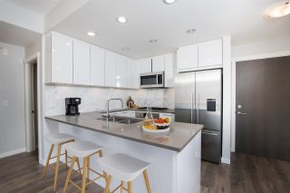 """Photo 5: 503 3263 PIERVIEW Crescent in Vancouver: South Marine Condo for sale in """"RHYTHM BY POLYGON"""" (Vancouver East)  : MLS®# R2558947"""