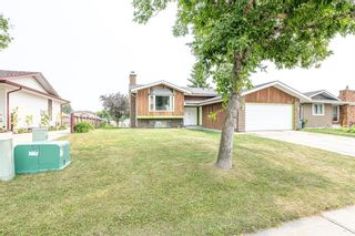 Photo 2: 191 Rundlemere Road NE in Calgary: Rundle Detached for sale : MLS®# A1134909
