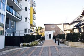 Photo 1: 408 809 FOURTH Avenue in New Westminster: Uptown NW Condo for sale : MLS®# R2544424