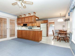 """Photo 6: 116 9781 148A Street in Surrey: Guildford Townhouse for sale in """"CHELSEA GATE"""" (North Surrey)  : MLS®# F1406838"""