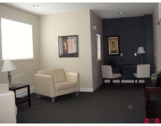 """Photo 10: 207 19340 65TH Avenue in Surrey: Clayton Condo for sale in """"Esprit at Southlands"""" (Cloverdale)  : MLS®# F2803383"""