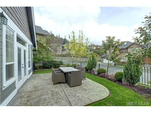 Photo 20: Photos: 1001 Arngask Ave in VICTORIA: La Bear Mountain House for sale (Langford)  : MLS®# 728828