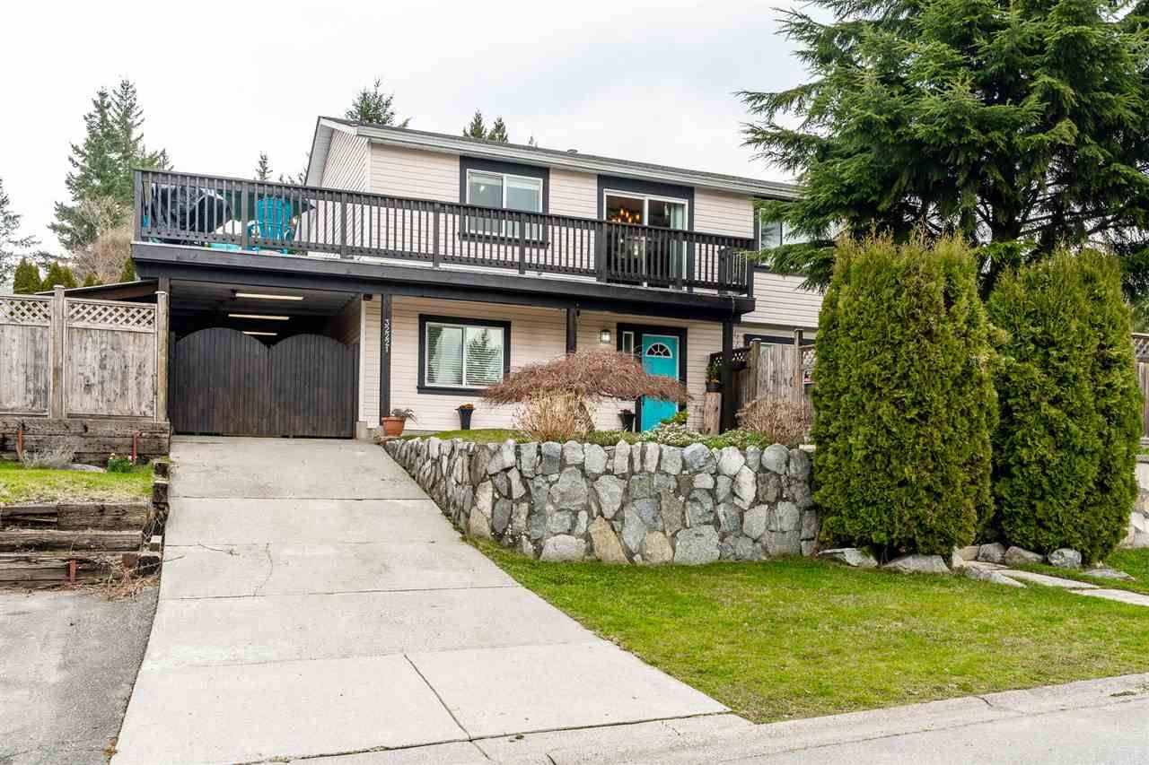 Main Photo: 32221 HOLIDAY Avenue in Mission: Mission BC House for sale : MLS®# R2555676
