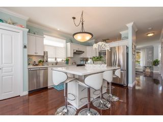 """Photo 12: 18461 67A Avenue in Surrey: Cloverdale BC House for sale in """"Heartland"""" (Cloverdale)  : MLS®# R2456521"""