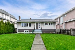 Main Photo: 2348 OLIVER Crescent in Vancouver: Arbutus House for sale (Vancouver West)  : MLS®# R2526996