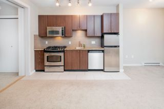 """Photo 8: 17 1863 WESBROOK Mall in Vancouver: University VW Townhouse for sale in """"ESSE"""" (Vancouver West)  : MLS®# R2341458"""