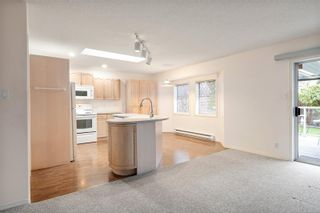 Photo 13: 6189 Waterbury Rd in : Na North Nanaimo House for sale (Nanaimo)  : MLS®# 863637
