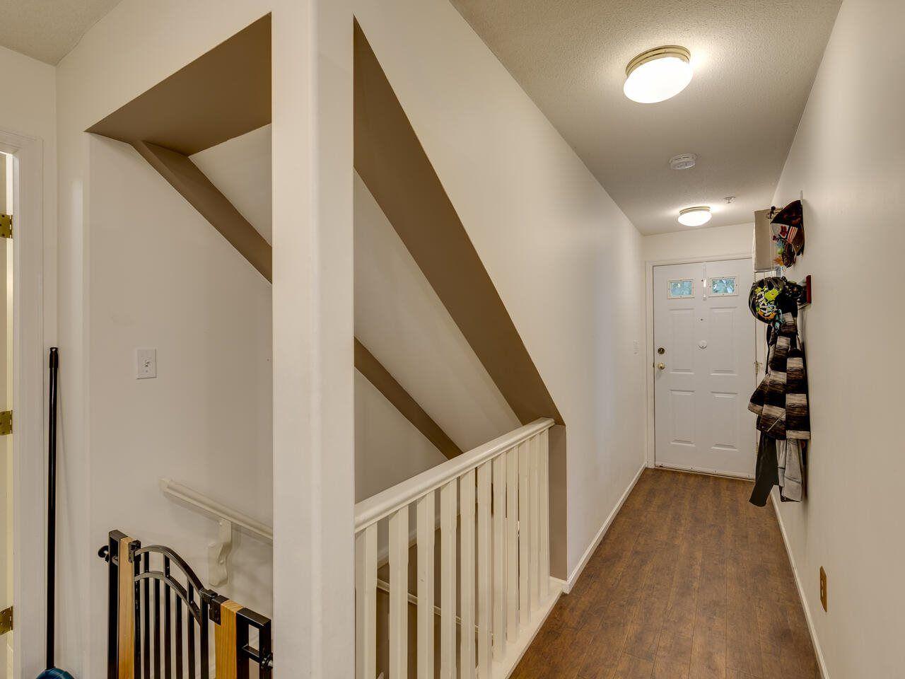 "Photo 17: Photos: 39 9036 208 Street in Langley: Walnut Grove Townhouse for sale in ""Hunter's Glen"" : MLS®# R2513931"