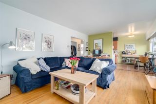 """Photo 2: 840 E 16TH Avenue in Vancouver: Fraser VE House for sale in """"Fraserhood/ Mount Pleasant"""" (Vancouver East)  : MLS®# R2592572"""