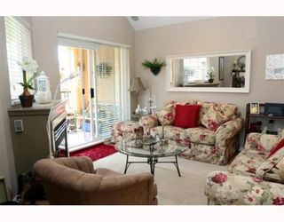 """Photo 2: 405 1363 56TH Street in Tsawwassen: Cliff Drive Condo for sale in """"WINDSOR WOODS"""" : MLS®# V767656"""