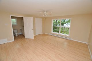 Photo 14: 24 Lakeview Circle Extension in Conquerall Mills: 405-Lunenburg County Residential for sale (South Shore)  : MLS®# 202118935