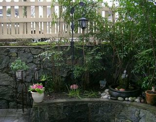 """Photo 5: 102 257 E KEITH RD in North Vancouver: Lower Lonsdale Townhouse for sale in """"MCNAIR PARK"""" : MLS®# V583707"""