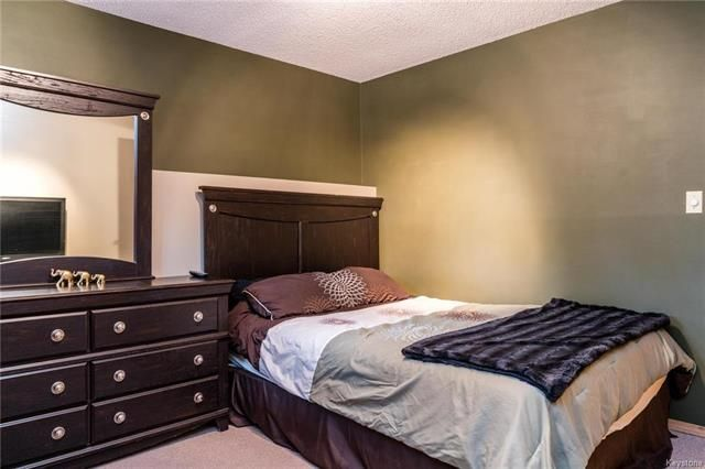 Photo 15: Photos: 6 Leston Place in Winnipeg: Residential for sale (2E)  : MLS®# 1816429