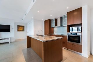 """Photo 7: 2405 1028 BARCLAY Street in Vancouver: West End VW Condo for sale in """"PATINA"""" (Vancouver West)  : MLS®# R2586531"""