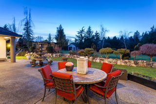"""Photo 7: 2733 170 Street in Surrey: Grandview Surrey House for sale in """"GRANDVIEW ESTATES"""" (South Surrey White Rock)  : MLS®# R2135605"""