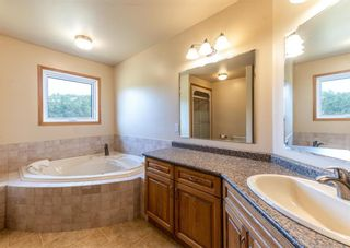 Photo 33: 729 Norwood Road in Petersfield: House for sale : MLS®# 202120624