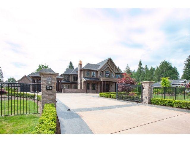 """Main Photo: 31538 KENNEY Avenue in Mission: Mission BC House for sale in """"Golf Course"""" : MLS®# R2077047"""