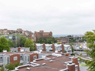 """Photo 4: 502 1508 MARINER Walk in Vancouver: False Creek Condo for sale in """"Mariner Point"""" (Vancouver West)  : MLS®# R2559474"""