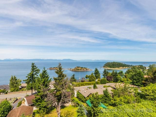 Main Photo: 3864 Gulfview Drive in Nanaimo: House for sale : MLS®# 460719