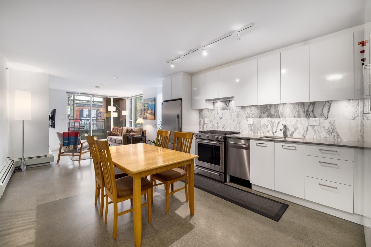 """Main Photo: 207 231 E PENDER Street in Vancouver: Downtown VE Condo for sale in """"Frameworks"""" (Vancouver East)  : MLS®# R2625636"""