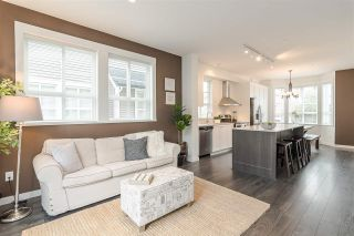 """Photo 7: 30 8438 207A Street in Langley: Willoughby Heights Townhouse for sale in """"YORK by Mosaic"""" : MLS®# R2396335"""