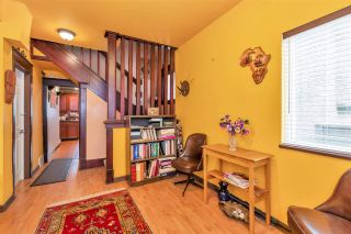 Photo 5: 3623 PANDORA Street in Vancouver: Hastings Sunrise House for sale (Vancouver East)  : MLS®# R2499340