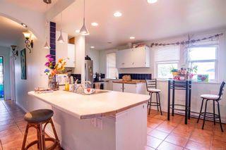 Photo 5: 518 Sumas St in Victoria: Vi Burnside House for sale : MLS®# 886910