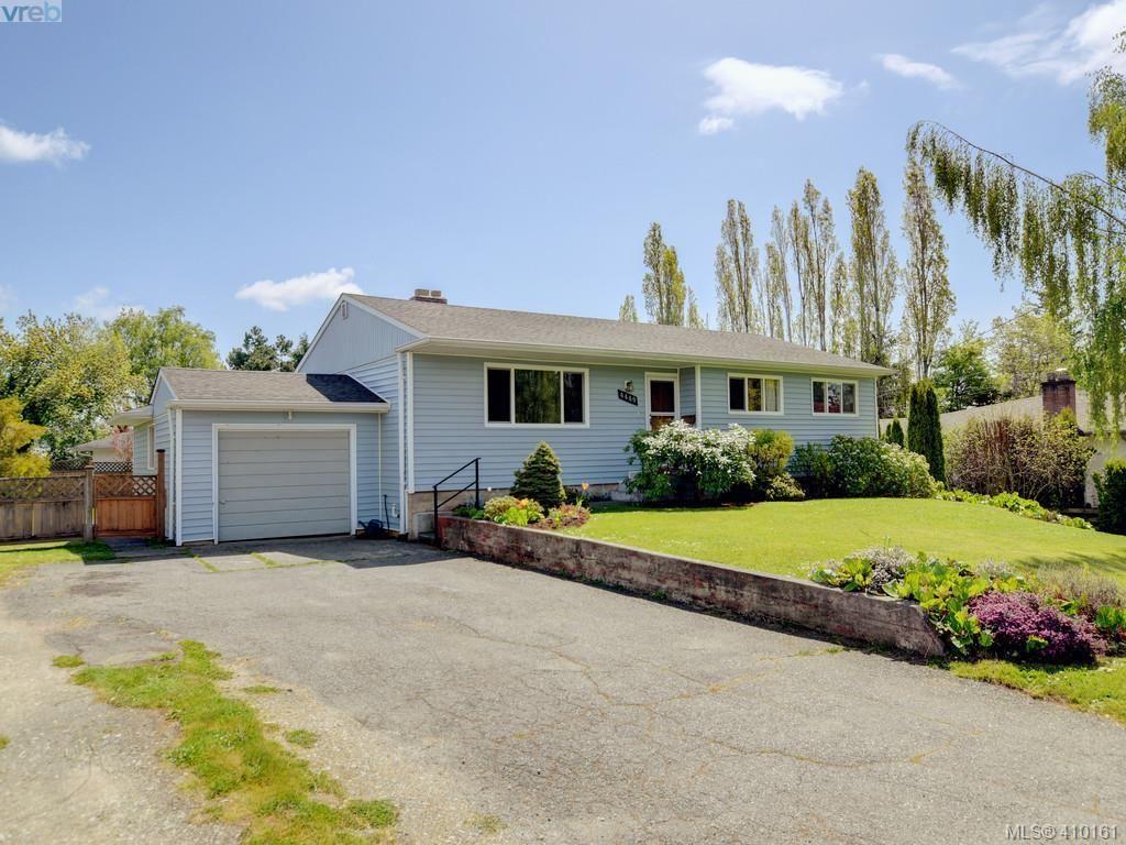 Main Photo: 4449 Casa Linda Dr in VICTORIA: SW Royal Oak House for sale (Saanich West)  : MLS®# 813040