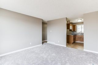 Photo 13: 2 Gray Avenue in Saskatoon: Forest Grove Residential for sale : MLS®# SK859432