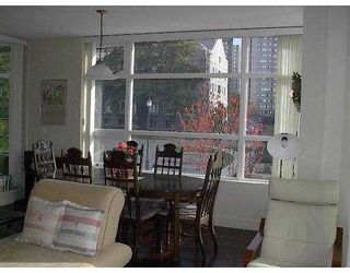 """Photo 10: 6015 IONA Drive in Vancouver: University VW Condo for sale in """"CHANCELLOR HOUSE"""" (Vancouver West)  : MLS®# V626747"""