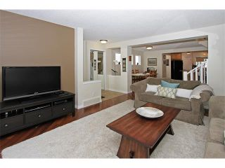 Photo 6: 444 PRESTWICK Circle SE in Calgary: McKenzie Towne House for sale : MLS®# C4067269