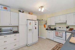 Photo 9: 3460 Rolston Cres in Saanich: SW Tillicum House for sale (Saanich West)  : MLS®# 877588