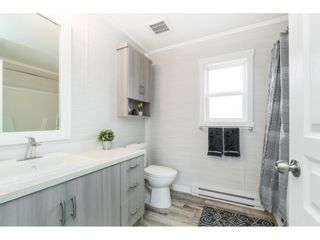 """Photo 12: 94 9950 WILSON Road in Mission: Stave Falls Manufactured Home for sale in """"Ruskin Park"""" : MLS®# R2480233"""