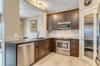 Photo 7: 64 EVERHOLLOW Street SW in Calgary: Evergreen Detached for sale : MLS®# C4225108