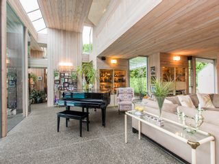 Photo 3: 6188 Balaclava Street in Vancouver: Kerrisdale Home for sale ()