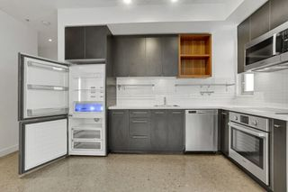 """Photo 9: 403 2828 MAIN Street in Vancouver: Mount Pleasant VE Condo for sale in """"DOMAIN"""" (Vancouver East)  : MLS®# R2539380"""