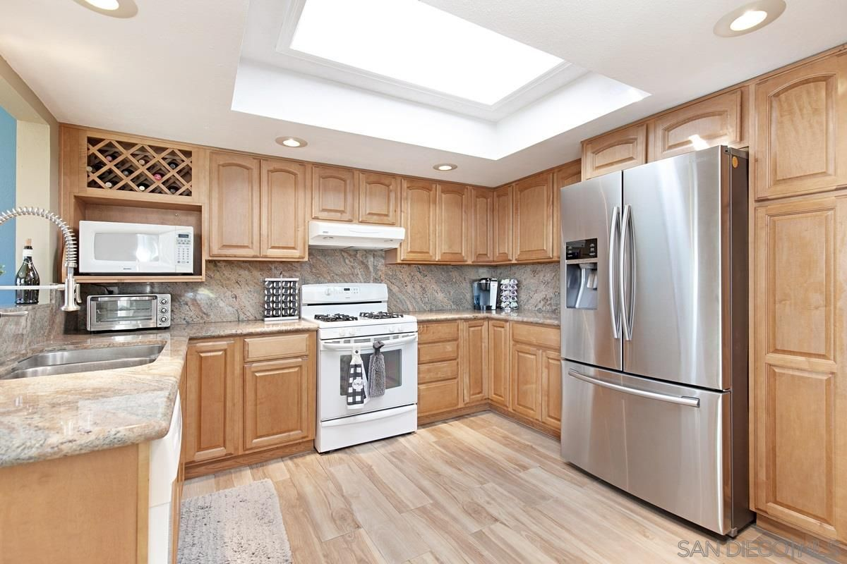 Main Photo: SANTEE House for sale : 3 bedrooms : 9433 Doheny Road
