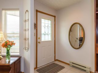 Photo 10: 2216 E 9th St in COURTENAY: CV Courtenay East House for sale (Comox Valley)  : MLS®# 795198