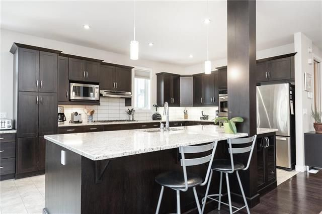 Photo 4: Photos: 18 Greyhawk Cove in Winnipeg: South Pointe Residential for sale (1R)  : MLS®# 1907959