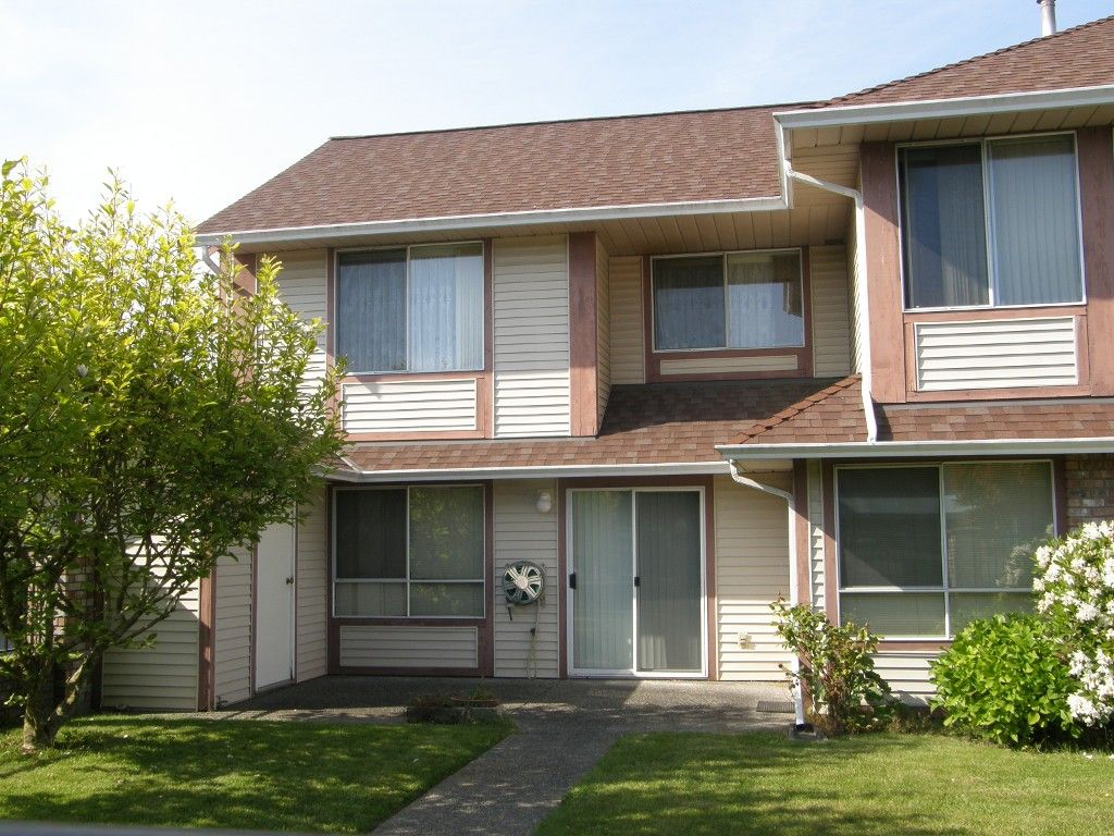 Main Photo: 101 13725 72A Avenue in Surrey: Townhouse for sale : MLS®# F1205151