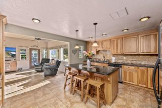 Photo 3: SAN DIEGO House for sale : 4 bedrooms : 11155 Oakcreek Dr in Lakeside