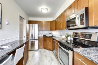 Photo 8: 1747 CHESTERFIELD Avenue in North Vancouver: Central Lonsdale Townhouse for sale : MLS®# R2539401